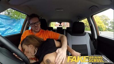 Fake Driving School Ebony Londoner Pays for lessons with sexual favoursHD