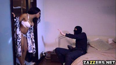 Kiki Minaj deep throat Danny Ds big cock