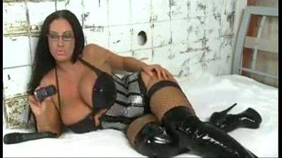 Emma-Butt sexy