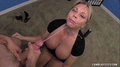 Milf Handjob DemonstrationHD