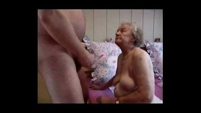 Очень старый бабушка Имея fun. Любительское Старше - 2 мин
