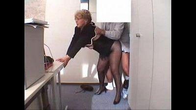 secretaria latina - 10 sec