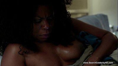 Lorraine Toussaint nude - Orange is the New Black S02E12 (2014) - 1 min 35 sec HD