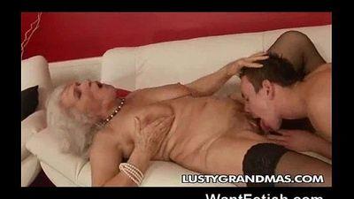 Nasty Grandma! - 2 min