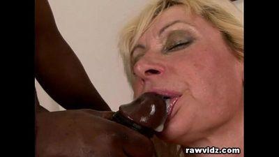 Lilli Get\'s Black Dick Anal - 7 min