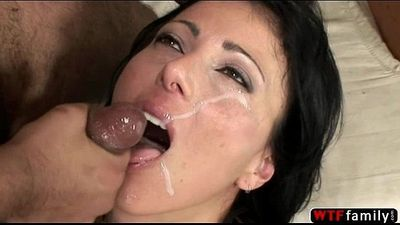 Zoey Holloway deepthroat stepson cock - 5 min