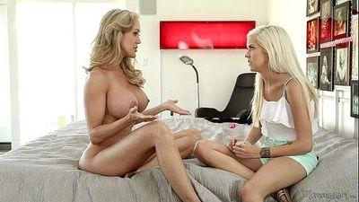 Halle Von and Brandi Love at Mommy\
