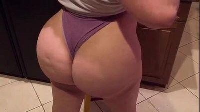 Pawg Marcy Diamond on the bed. lil twerk action. big booty whooty - 1 min 14 sec