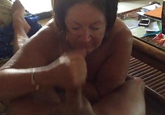 Blow job in Hawaii - 3 min