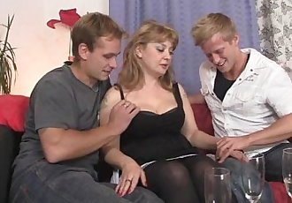 She swallows two cocks at once - 6 min