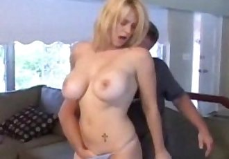 MilfHunter Charlene