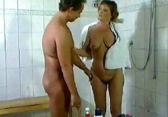 Vintage PornFodendo no Banheirowww.XXXPornoClube.com