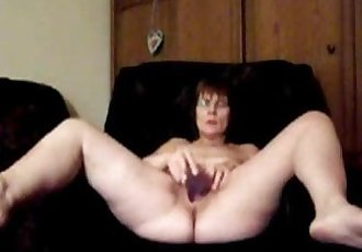 loud orgasm 58 years canadian granny Sarah - 5 min