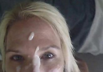Quickie lunch break facial for Mature Blonde MORE @ www.blondehotte.com