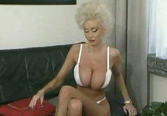 Classic Slut Fucks Young Peter North - 6 min