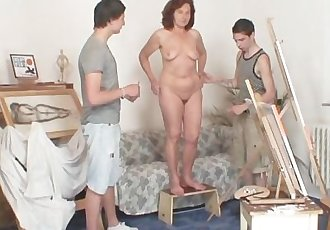 She pleases two horny painters