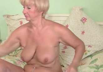 Grandma With Voluptuous Body Gets Fondled And Fingered By Photographer