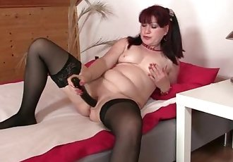 She finds her mom sitting on her man\