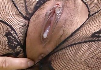 Hatsuka 小林 搞砸 在 黑色的 bodystocking - 2 min hd