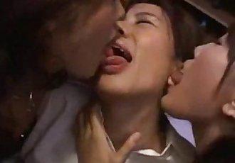 日本 女同性恋者 吻 15 - 6 min