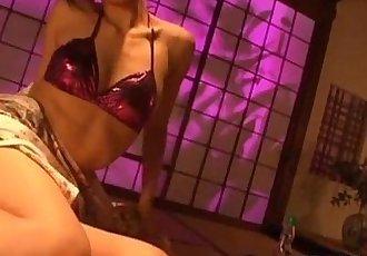 朱莉婭 喜歡 她的 熱氣騰騰的 貓 - 8 min