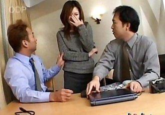 Mio 喜歡 鐵桿 性愛 - 34 min