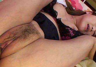 亚洲 骚货 获取 她的 湿 pusys 迪克 填充 起来 - 8 min hd