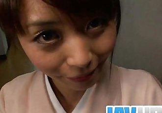 青少年 Marika 讓 一個 亞洲 pov 吹簫 和 燕子 暨 - 8 min