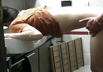 热 韩国 小妞 获取 他妈的 在 浴室 - 20 min