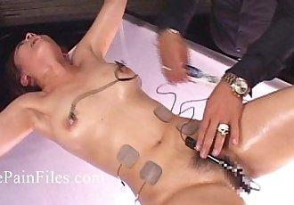 日本 電 性虐待 和 極端 亞洲 束縛 的 的懲罰 東方 slaveslut - 7 min hd