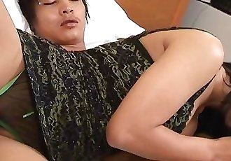 Fantastic Asian floozy getting her wet pussy fucked