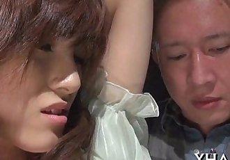 Japanese?slut fucks with sex tool - 5 min