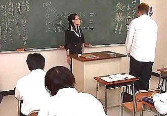 淘气 老师 吸吮 关闭 她的 愚蠢的 学生 硬 公鸡 58 sec