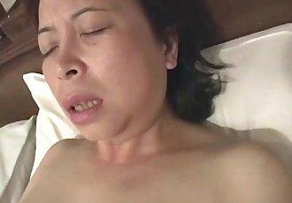 亞洲 奶奶 自慰 - 6 min