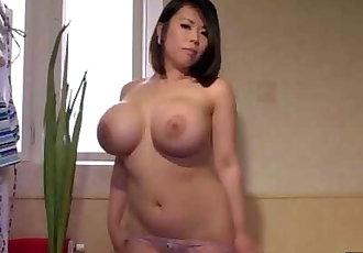büyük Boobs Küçük bikini