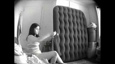 Great view of my sister totally naked. Hidden cam - 2 min