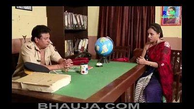 Majburi Sexy Desi Indian Aunty Polistation Mein Chud Gayi - bhauja.com - 11 min