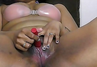 Indian amateurs solo pussy show Uncensored 59 sec HD+