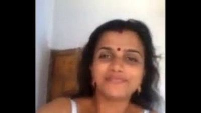Indian Hot Mallu Aunty Nude Selfie And Fingering For Boyfriend - Wowmoyback - 2 min