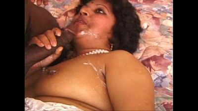extreme Indian MILF - 26 min