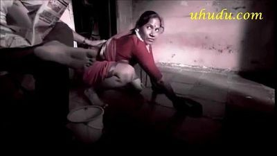 Sexy indian Maid - 2 min