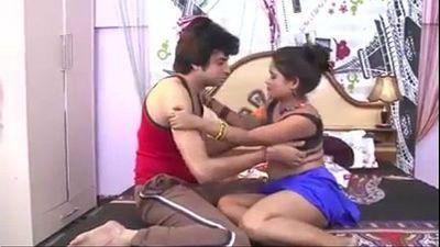 Desi MMS - Boy fucking indian aunty in bedroom - 4 min