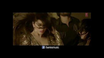 Pornstar Sunny Leone hot Dance in her New Album - 3 min