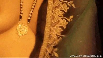 Exotic Dance Of Horny Indian MILF - 12 min