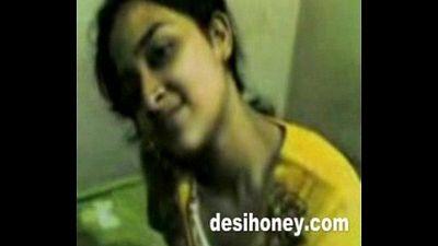 Indian local girlfriend enjoy hardcore sex with boyfriend www.desihoney.com - 13 min
