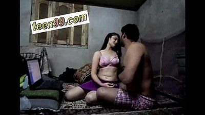 Indian Cute Teen Village Girl Homemade romantic Scandal - www.teen99.com - 10 min