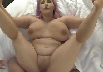 Tricking BBW Big Tit 18 Year old out of Friendzone