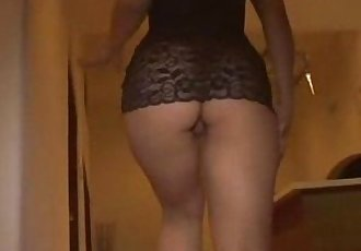 Amateur Real Slut Shake that Ass