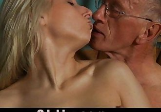 Oldman blessed with a young pussy for fuckHD