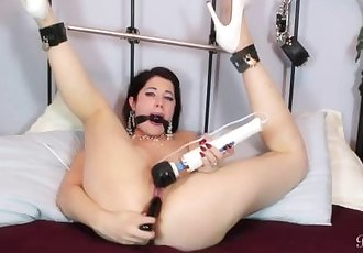 Kinky Brookelynne Briar Gagged And In Bondage Fucks Her Pussy With A Dildo
